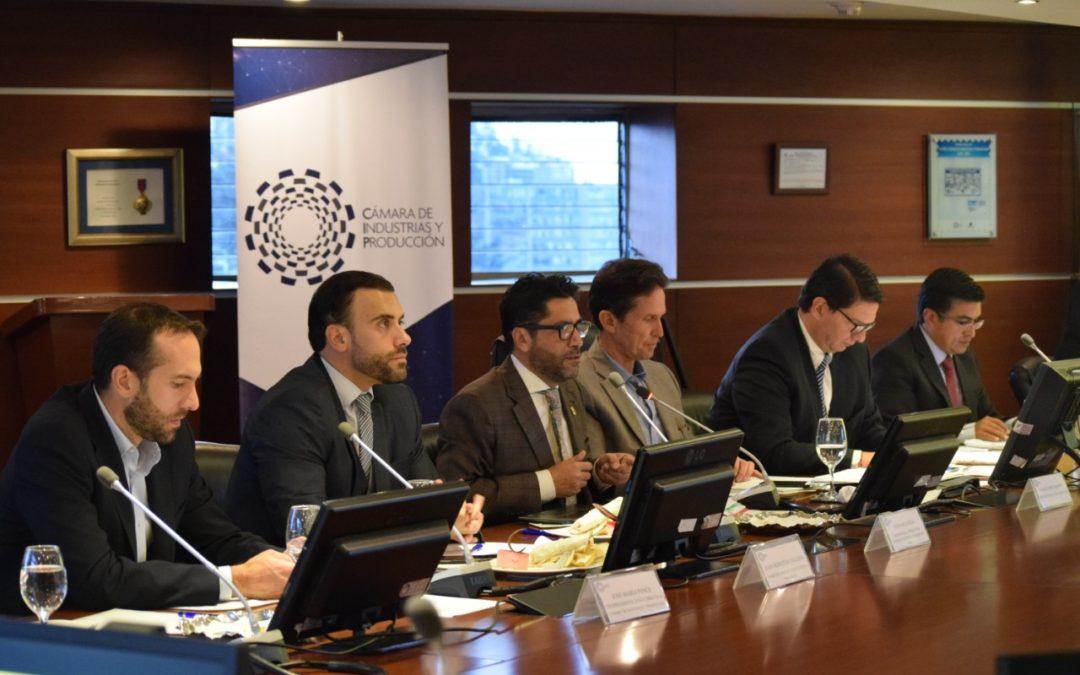 La CIP dialogó con el ministro de Comercio Exterior, Iván Ontaneda