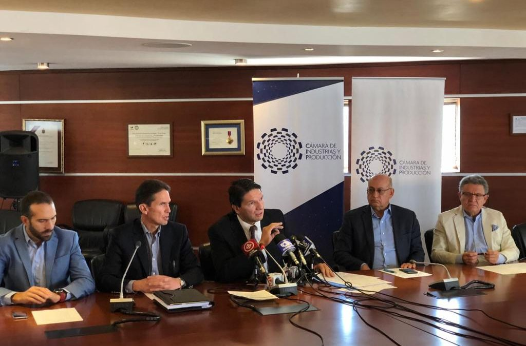 Comunicado: la Cámara de Industrias y Producción apoya la estabilidad económica del Ecuador