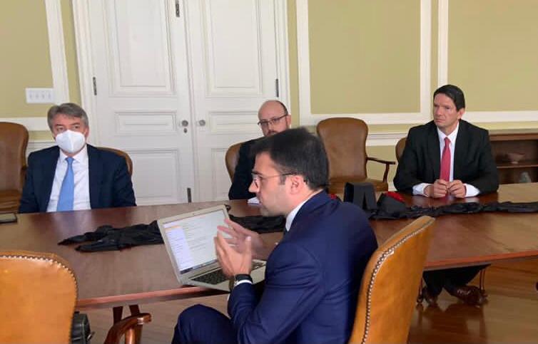 EE.UU. y Ecuador reafirmaron su compromiso para continuar en las negociaciones y consolidar la relación bilateral